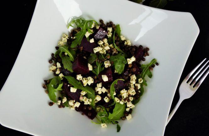 rote bete linsen salat mit feta die sonntagsk chin. Black Bedroom Furniture Sets. Home Design Ideas