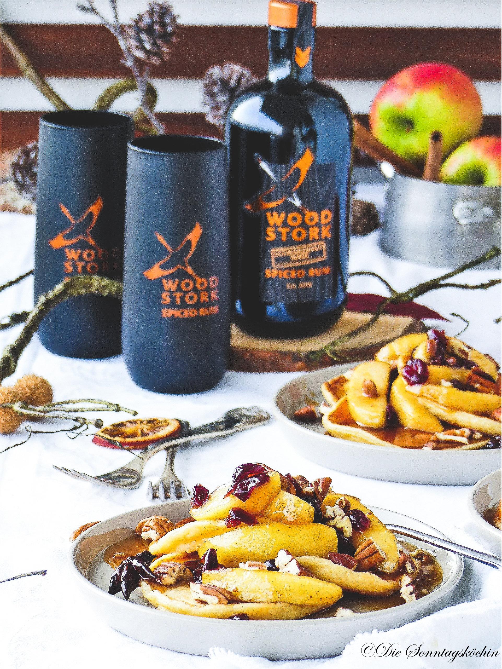 Vanillepancakes & Apfel-Rum-Soße mit Wood Stork Spiced Rum
