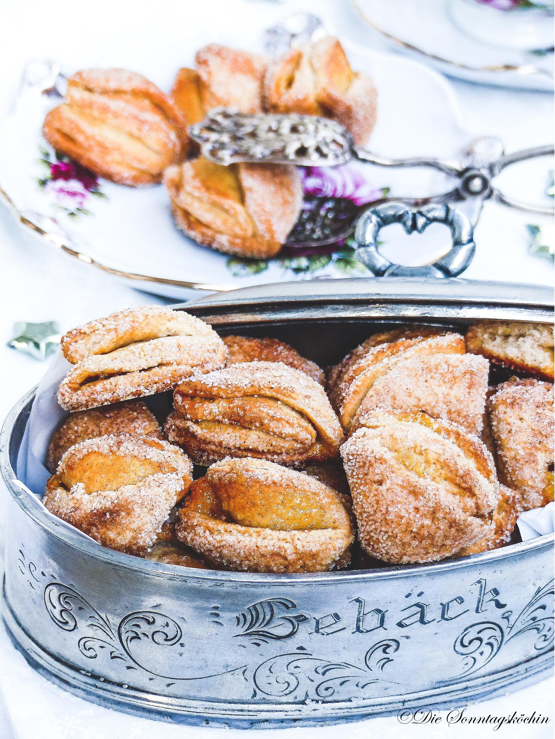 Ricotta Zimt Zipfelchen gefüllt mit Orangenmarmelade