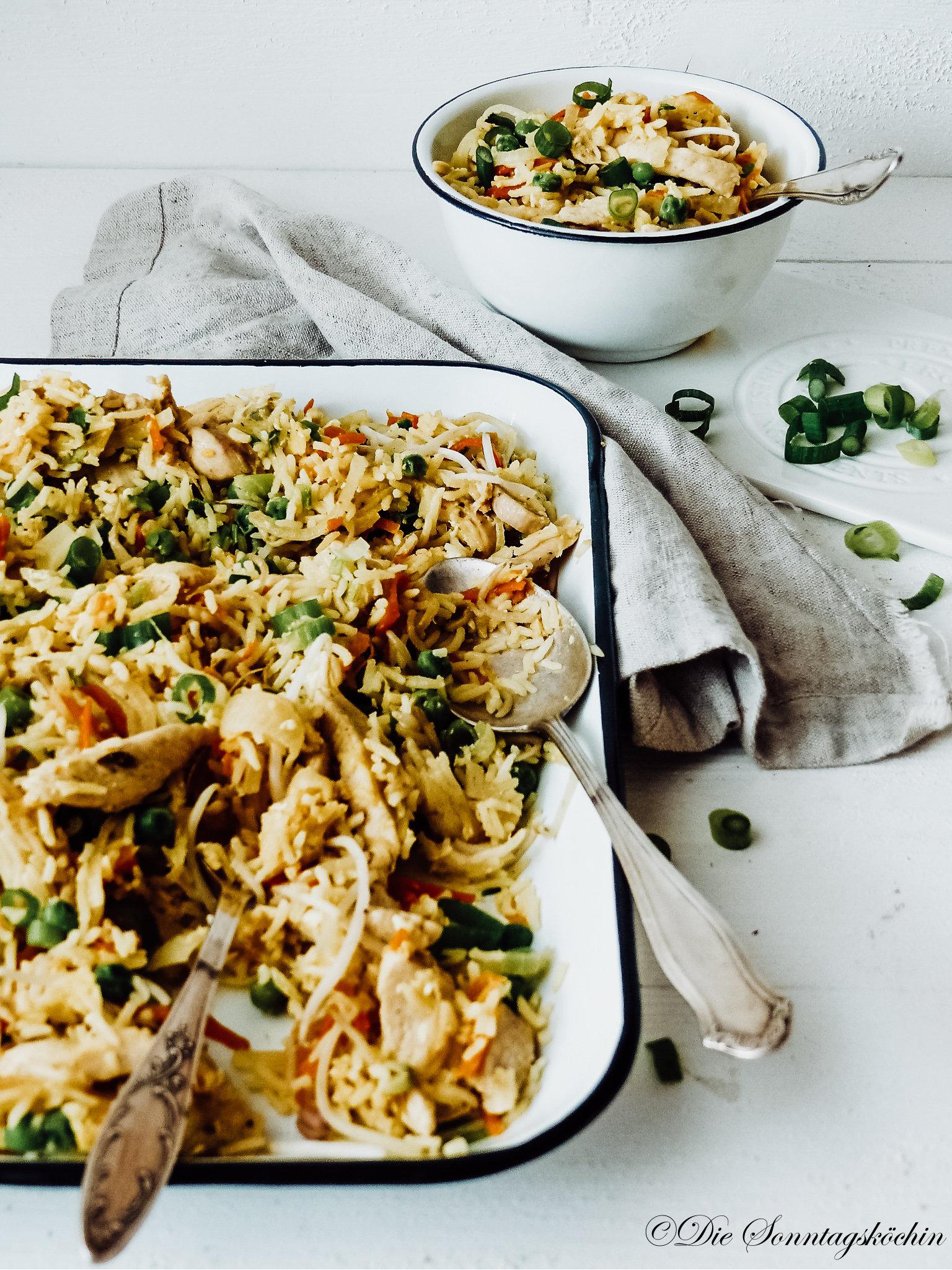 Eier Reispfanne mit Hähnchen & Gemüse